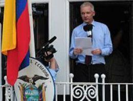 Assange siyasete atılıyor